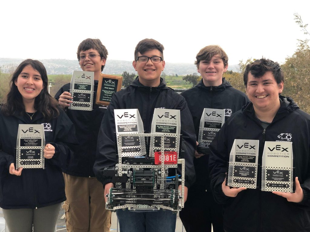the cougarbots are going to the world championships - student photo
